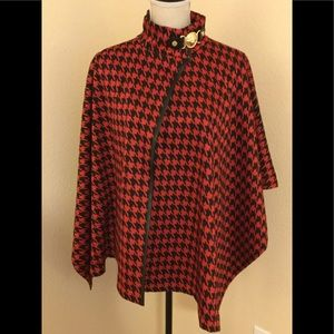 Anne Klein black and fire red Capelet.